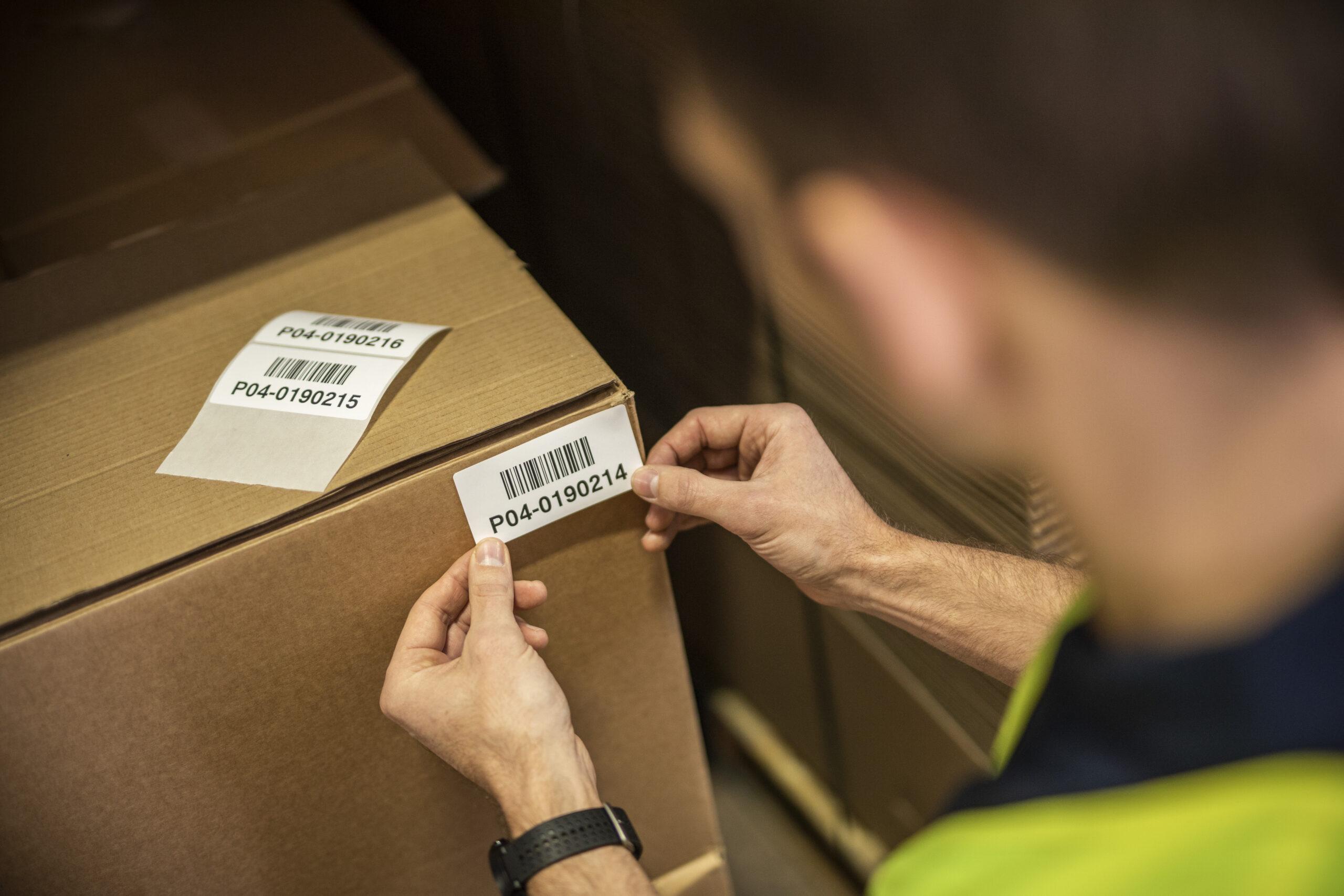 Label på papkasser